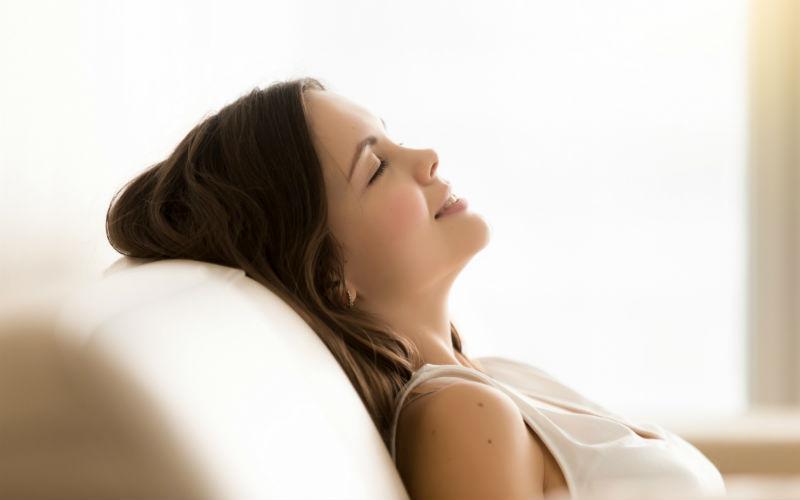 L'hypnose est un outil puissant qui permet de contourner la résistance de l'esprit conscient